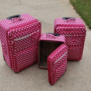 Handbags - Custom 3 piece luggage set